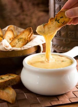 Gouda fondue